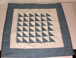 Handmade Heart Pattern Hanging Wall Quilt 21 x 22 Blue And White - $9.90