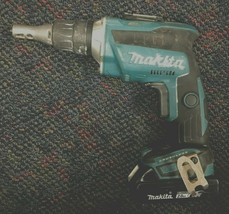 Makita 18V Drywall Screwdriver XSF03 #105173-12 C - $118.79