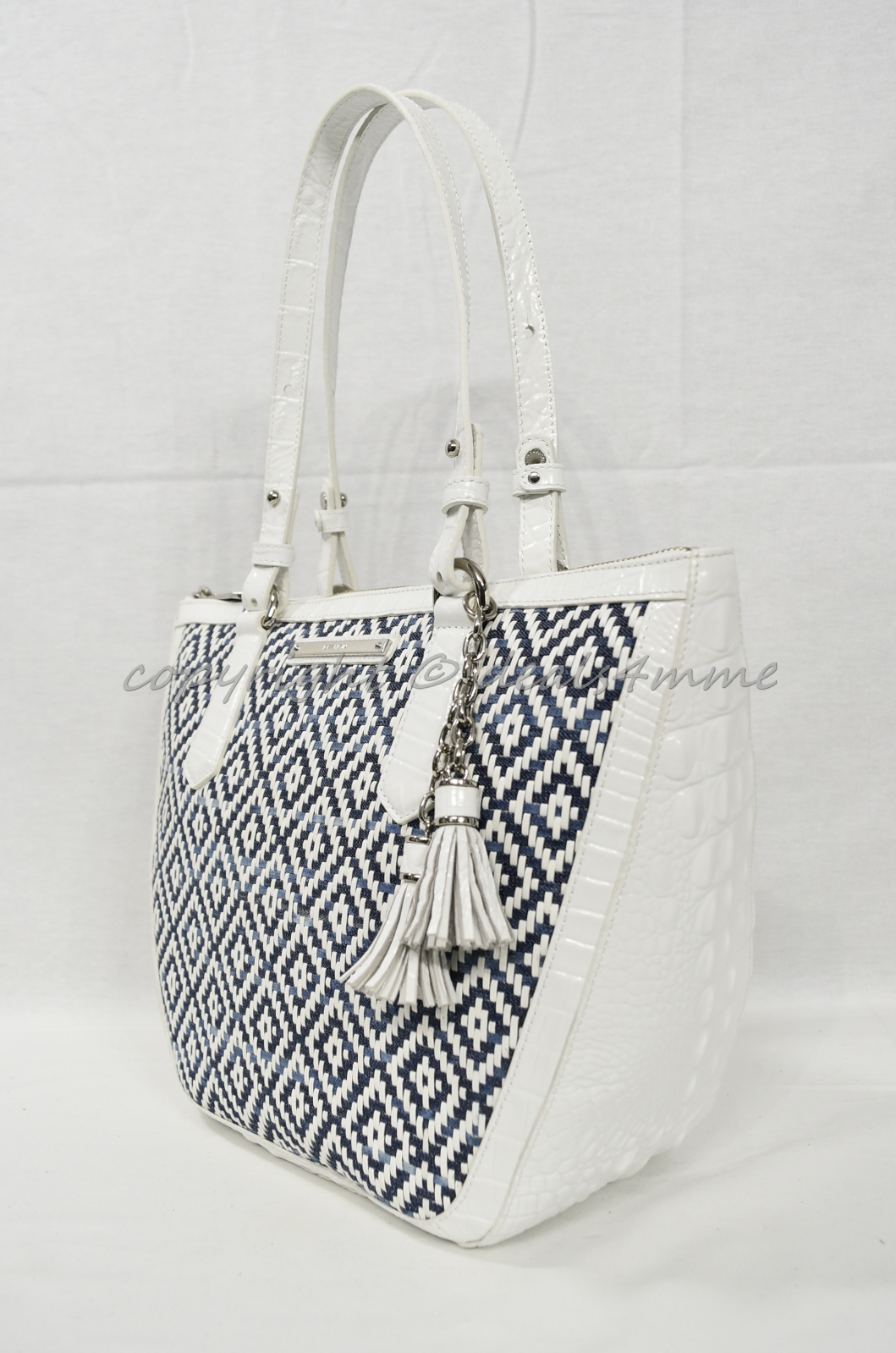 Primary image for NWT Brahmin Small Willa Tote/Shoulder Bag in Denim Royal Palm. White and Blue