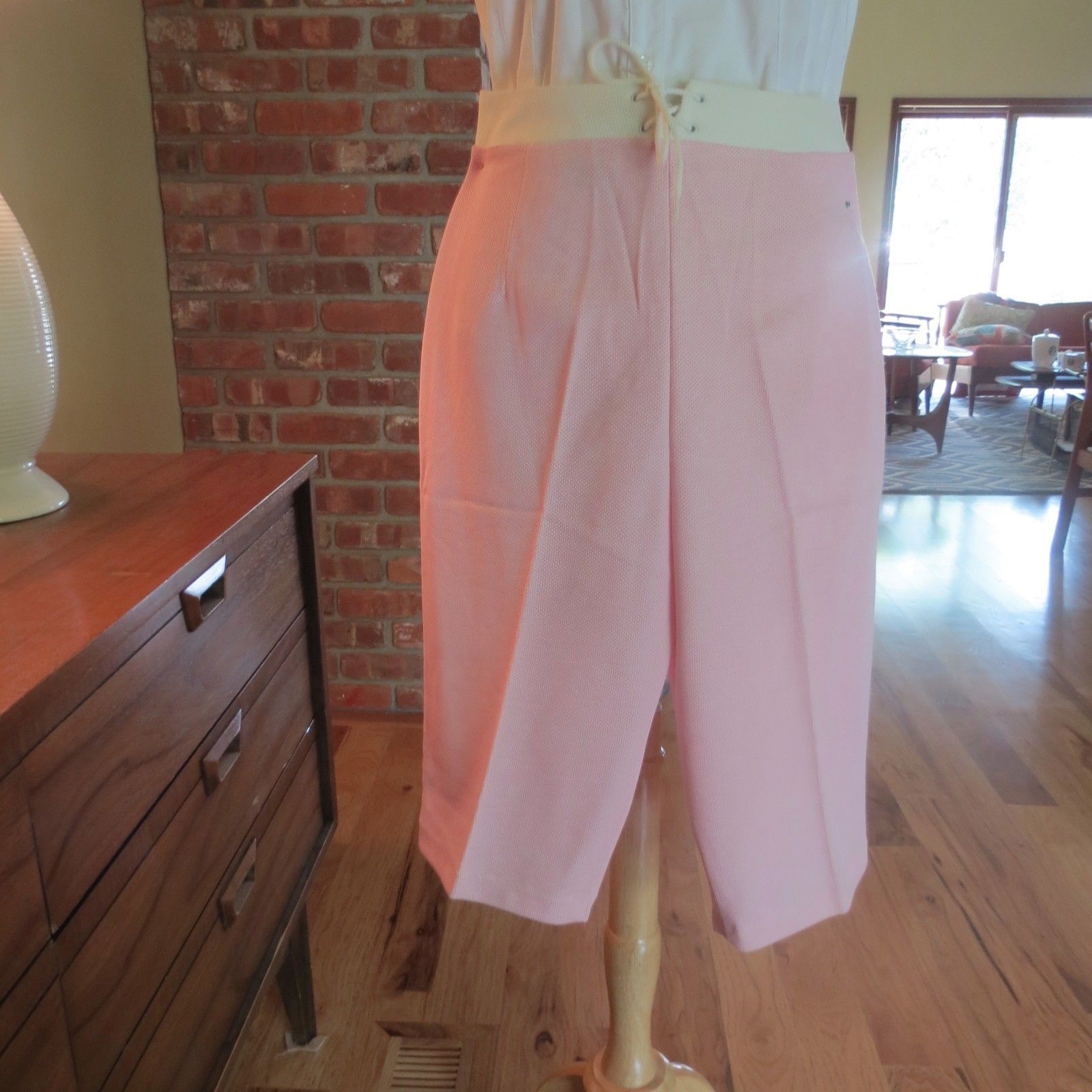 Primary image for New Vtg Betty Lou Calif.1960s Mod Capris  Peddle Pushers Clam Diggers NOS