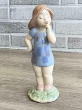 Nao by Lladro  02001489 LITTLE HUSH Porcelain Figurine Perfect Condition - $64.35