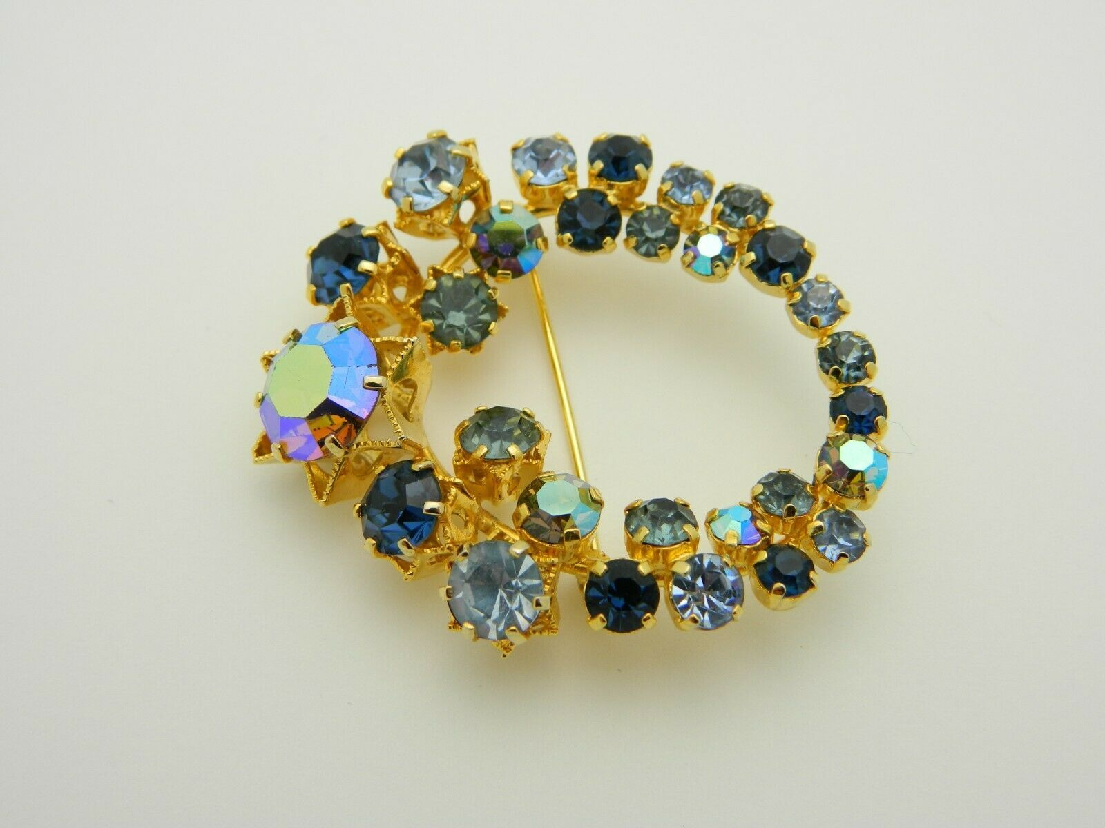 Blue Aurora Borealis Rhinestone Gold Tone Star Flower Vintage Pin Brooch As Is image 2