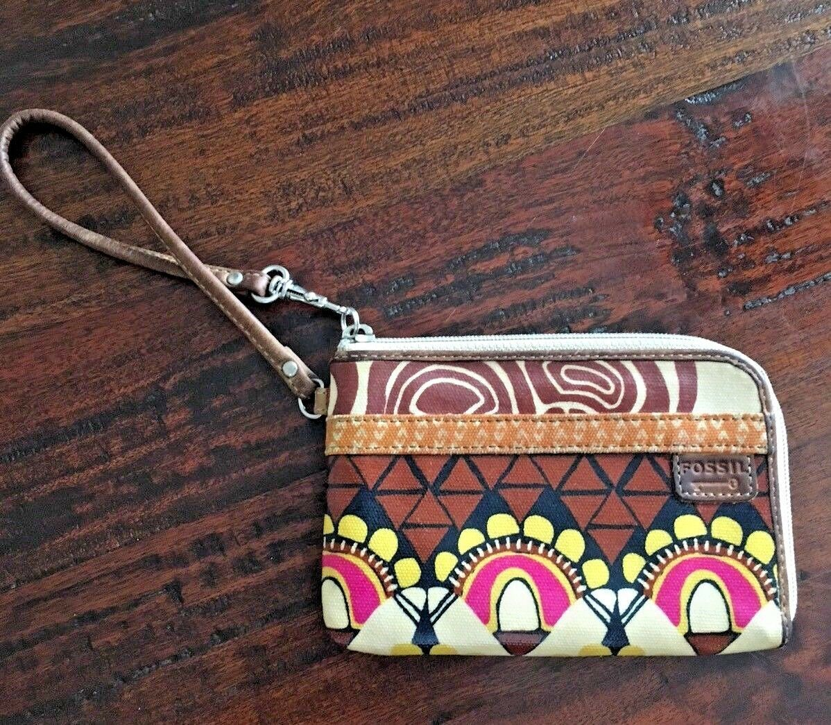 FOSSIL Key-Per Brown Floral Pattern Zip Around Coated Canvas Wallet 6x4 image 2