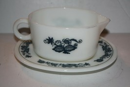 "Pyrex ""Old Town Blue"" Gravy Boat and 2 Mugs - $23.61"