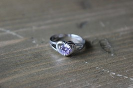 Sterling Silver Purple Hew CZ Heart Design Ring Size 7 - $16.04