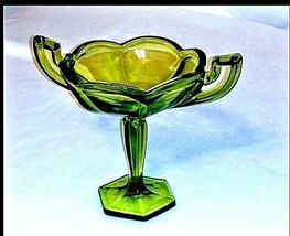 Green Candy Dish with Pedestal AB 460 Vintage image 1