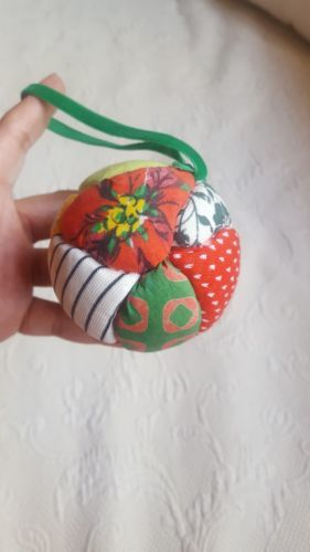 Primary image for Quilted Ornament Ball vintage Christmas decoration olden days style pre-owned