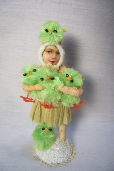 Vintage Inspired Spun Cotton The Chick Keeper no. 179