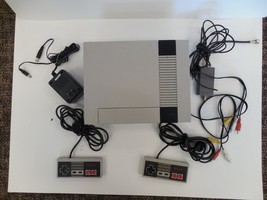 Vintage NES Nintendo Entertainment System 1985 new 72 pin cleaned tested - $94.99