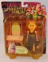 The Muppets Show Miss Piggy Dressing Room Palisades Toys Series 1 - $19.99