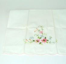 Vtg Tea Towel Embroidered Flower scalloped edge Floral Pink Blue Green s... - $5.00