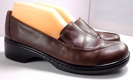 Clarks Loafers Womens Brown Leather Slip On Shoes Size 8.5 M - $40.01