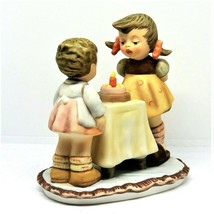 Goebel Berta Hummel WISHES COME TRUE Figurine - BH 17 Near MINT - $23.12