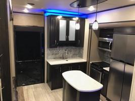 2016 Grand Design Momentum 348M For Sale In Franklin, OH 45005 image 6