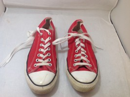 Men's Red CONVERSE ALL STARS Sz 9 - $39.60