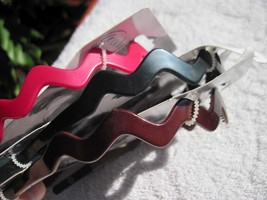 """Goody Wavy Ouchless Flex Pressure Free Head Band Comfort Flexible Tips 3/8"""" Inch - $8.00+"""