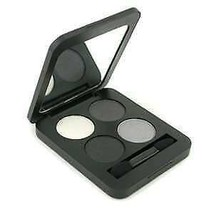 Youngblood  Pressed Mineral Eyeshadow Quad Colour: starlet - $13.92