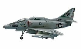 Hasegawa 1/72 US Navy A-4E / F Skyhawk Model B9 - $36.43