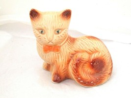Collectible Cat Figurine Vintage Animal Kitty Figurine - Made in Brazil  - $17.79