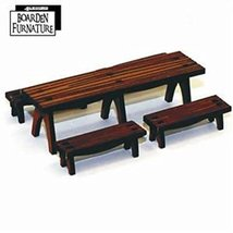 28mm Furniture: Trestle Table x1, Benches x4 (medium wood)