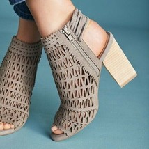 Jeffrey Campbell Ottawa Sandal Stacked Wood Heel Size 7 Perforated Strappy Cord - $33.27