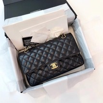 100% AUTH MINT Chanel BLACK QUILTED CAVIAR MEDIUM DOUBLE FLAP BAG GHW - $5,799.99