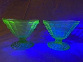 Depression Glass Anchor Hocking Green Block Optic Cone Sherbet Pair Uranium - $25.92
