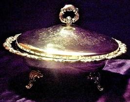 Elegant Oneida Stainless Steel Serving ware with design lid USAAA19-1413