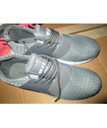 P & W New York Men's Lace-up Sneakers size 8.5 NIB - $15.00