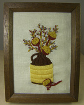 VINTAGE FINISHED CREWEL EMBROIDERY PICTURE JUG with DRIED PODS & PUSSYWI... - $12.35