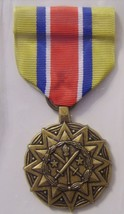 U.S.Army Reserve Components Achievement Medal Full Size - Nip :K3 - $9.99