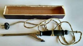 Vintage electric Hotpoint hair curling iron  beauty shop Works  - $19.50