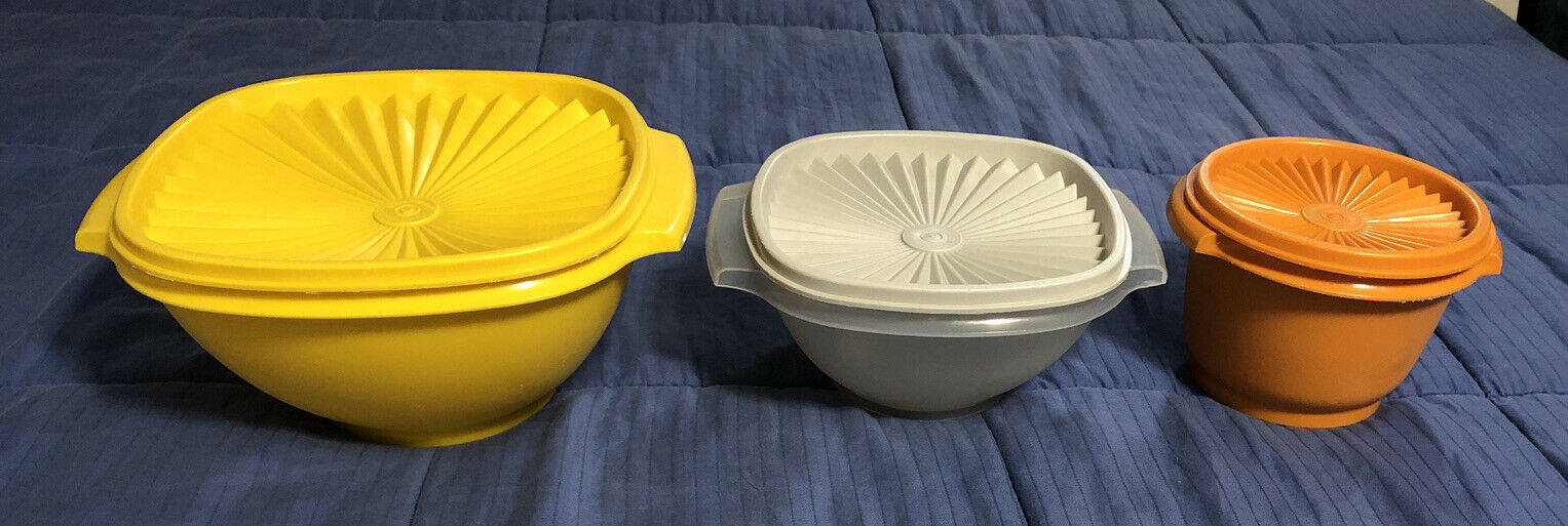 Primary image for Three Vintage Tupperware Servalier Canisters 886, 840 & 636 w/ Lids