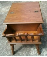 Early American Maple Dough Box Magazine Rack Accent Table - $195.00