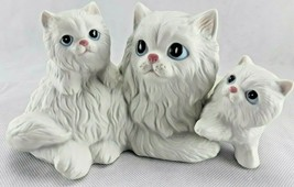 Homco Vintage  Figurine # 1412 Mother Cat And Kittens Porcelain White P... - $11.39