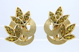 VTG RARE CROWN TRIFARI Gold Tone Peridot Rhinestone Leaf Clip Earrings - $49.50