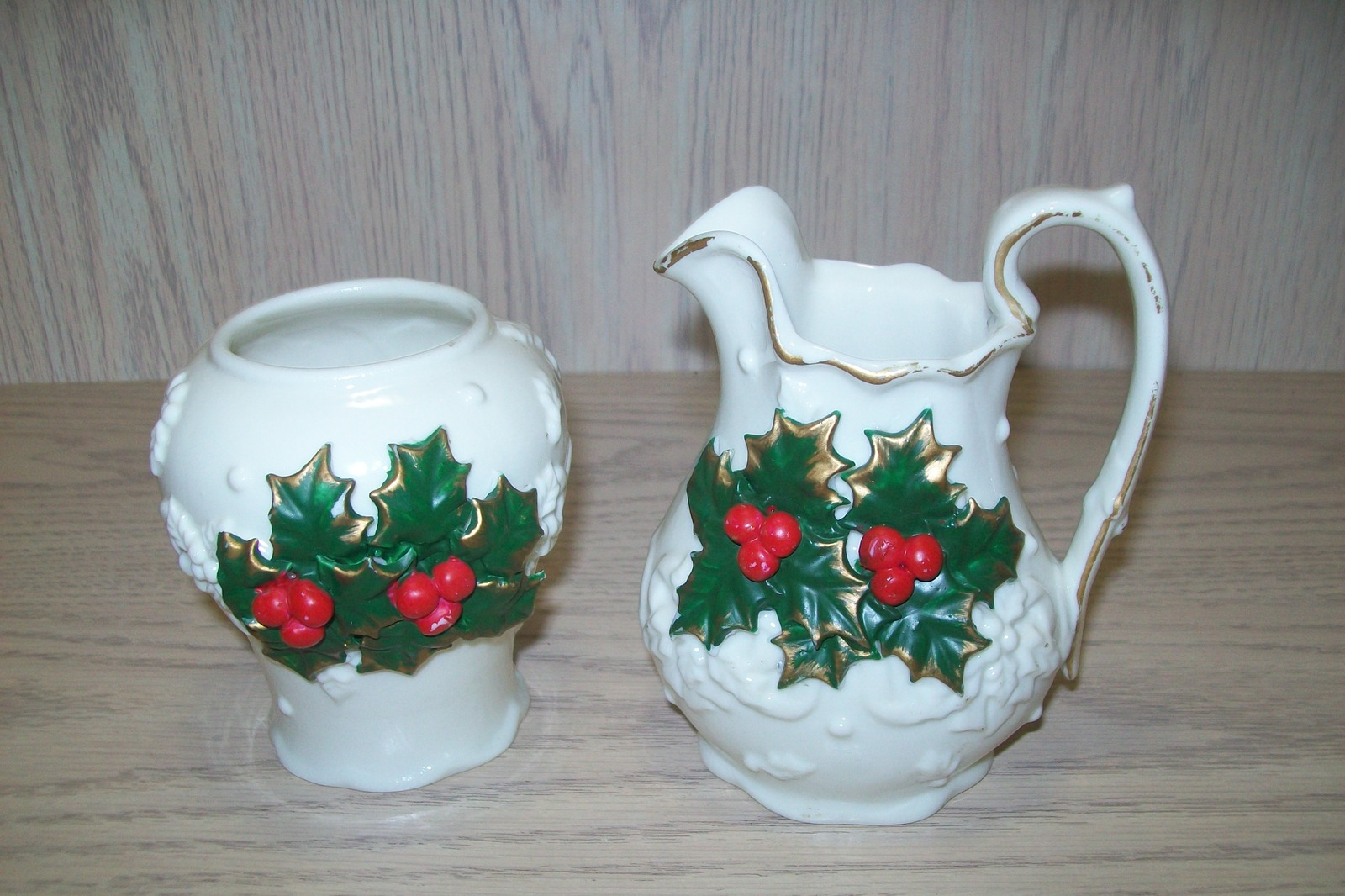 Primary image for Sugar & Creamer Christmas Design White , Green Leaves Red Berries Gold Decor
