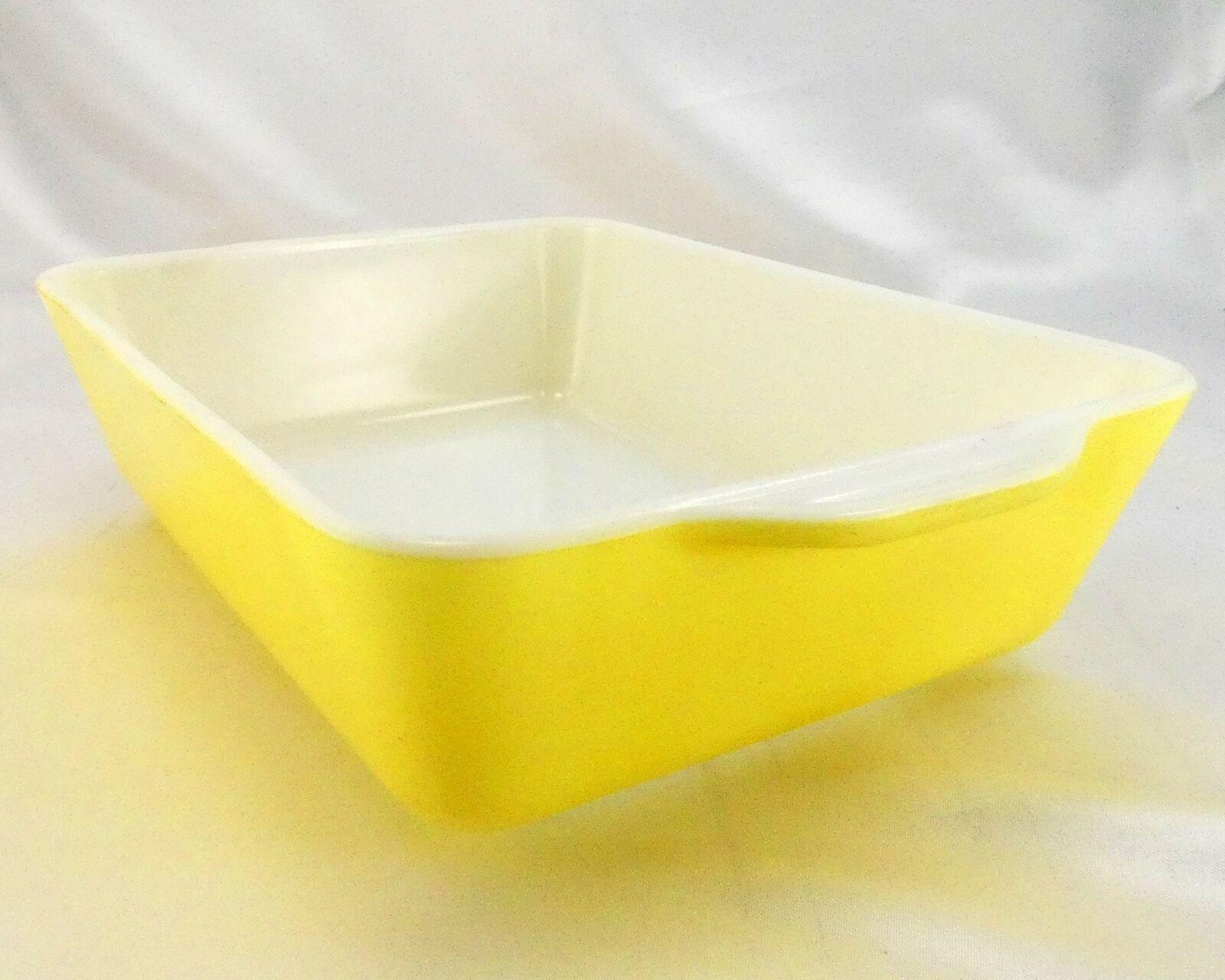 Pyrex 503 Banana Yellow Fridge Dish Milk Glass w/ Lid Made in the USA image 5