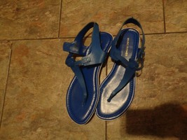 mark fisher blue leather t-strap sandals shoes size 7 1/2 - €24,47 EUR