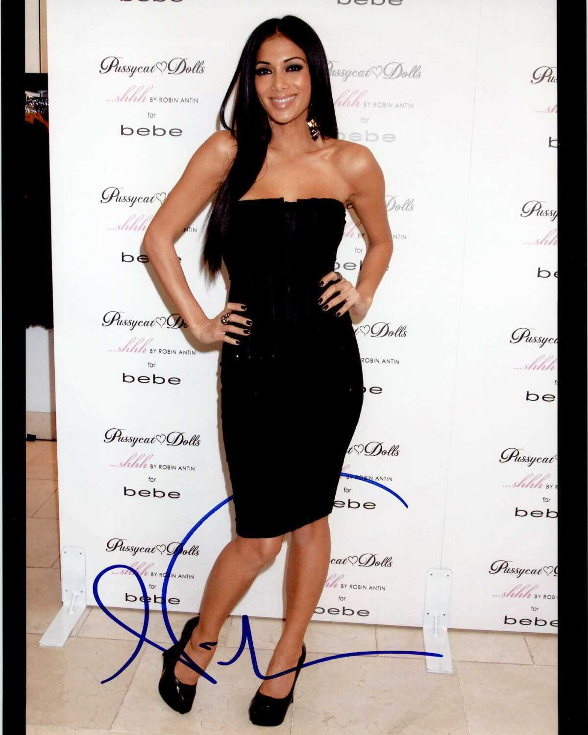 Primary image for Nicole Scherzinger Signed Autographed Glossy 8x10 Photo