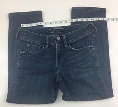 Tommy Bahama womens  Island Crop Crapri Denim Blue Jeans Sz 2 - $11.99