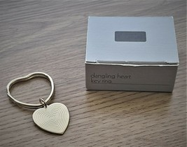 AVON Dangling Heart Key Ring Vintage Gold Tone New in Original Box Never... - $10.00