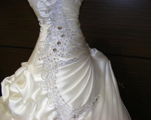 Extravagant Crystal Beaded Ruffles Sweetheart Ball Gown Princess Wedding Dresses