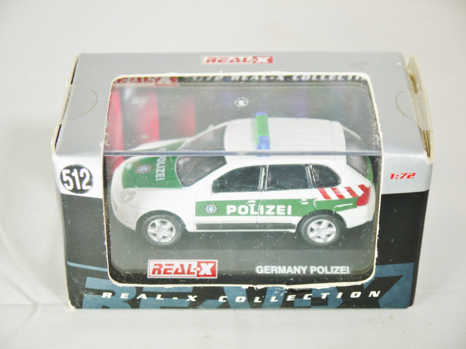 1/72 REAL-X Model Collection GERMANY POLIZEI No. 512 Porsche Cayenne Patrol Car