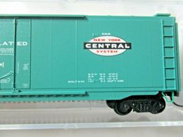Micro-Trains # 03200520 New York Central 50' Standard Boxcar Plug Door N-Scale image 3