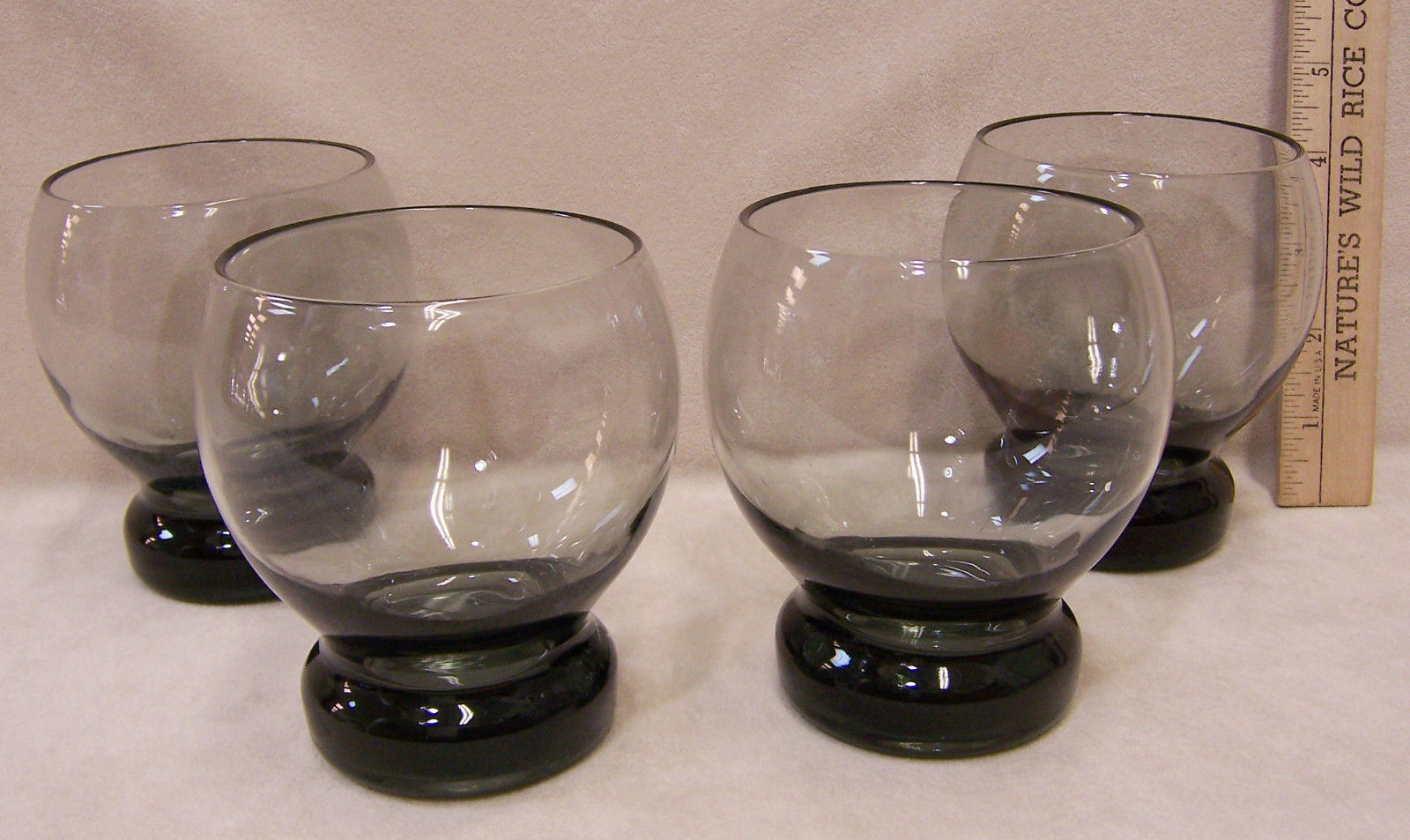 Set 4 Smoky Gray Glass Large Tumbler Glasses Thick Weighted Bottoms Bar Drinks