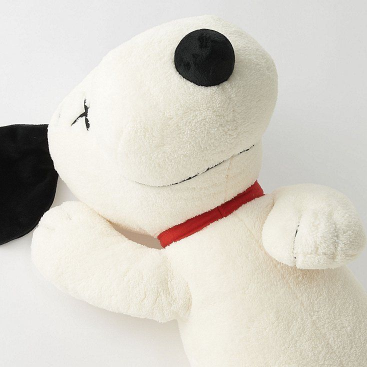 UNIQLO KAWS X PEANUTS COLLECTION SNOOPY PLUSH SIZE S SMALL