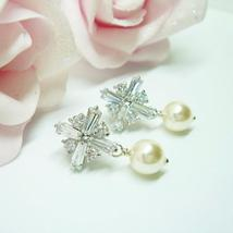 Winter Diamond Swarovski Pearl Earrings - Silver Cross - $46.00