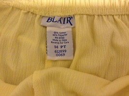 Ladies Bright Yellow Stretchy Capri's by Blair Sz 14PT