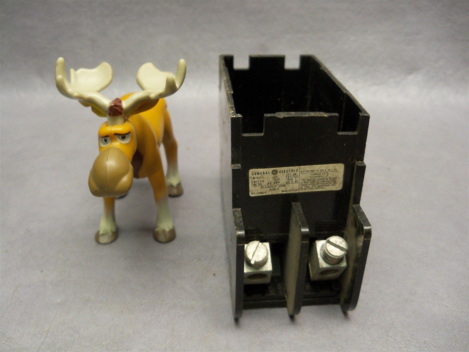 General Electric GE TRC260 Fuse Panel Box and 50 similar items. S l1600